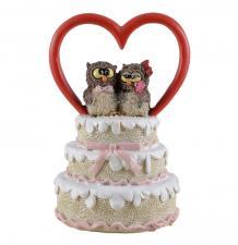 Romantisches Eulen-Brautpaar Ehepaar auf Hochzeitstorte mit Herz